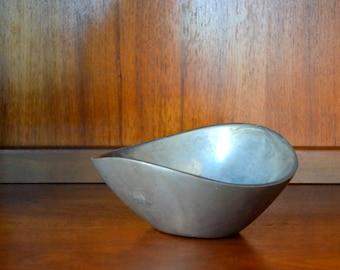 vintage 1967 aluminum nambe bowl / silver metal / midcentury home decor