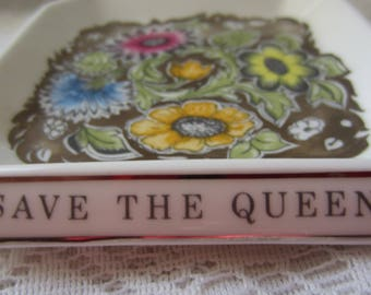 Vintage English Royal Silver Jubilee Wedgwood Square Flowered Small Dish