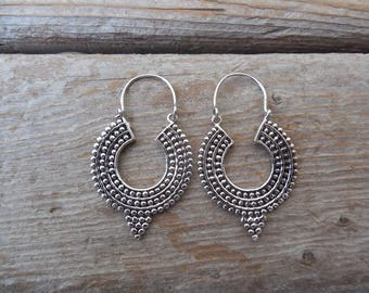 Gorgeous Byzantine two sided earring handmade in sterling silver 925