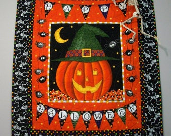 Hallowen Quilted Wall Hanging Table Topper Quiltsy Handmade FREE U.S. Shipping Jack o Lantern Spiders Dancing Glow in Dark Skeletons