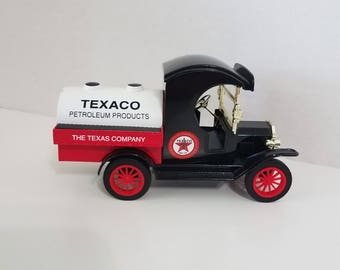 """Vintage Texaco Replica 1912 Ford Model """"T"""" Delivery Car Bank"""