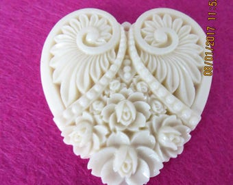 Heart Pendant, carved heart pendant, cream heart pendant