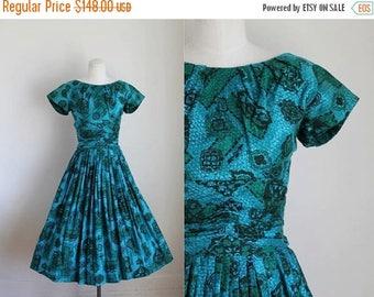 20% off SALE vintage 1950s party dress - MERMIAD JEWELS novelty print dress / Xs