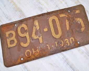 Rustic 1930 Ohio License Plate - primitive auto plate