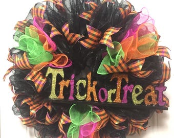 Trick Or Treat Mesh Ribbon Wreath, Halloween Decor, Mesh Wreaths, Front Door Decor, Halloween Themed Party Decorations, October 31st Wreath