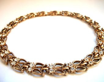 Rows of Clear Rhinestones Gold Link Choker Necklace Retro in Style Fine Vintage Jewelry for Women