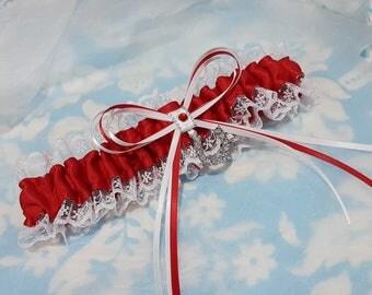 Wedding Garter - lucky horse shoe - red white - lace garter - bridal garter - horseshoe - country garter - single garter - lucky garter