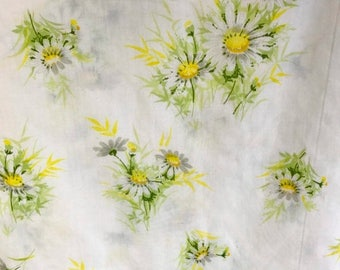 SALE Vintage Springmaid twin flat sheet retro bedding retro crafts fabric daisies made in USA