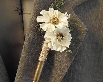 Will ship in 5 days ~ Daisy Boutonniere with twine wrapped wine cork.