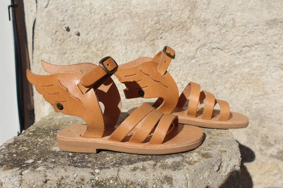 SALE!Kids sandals with wings on SALE 25-27
