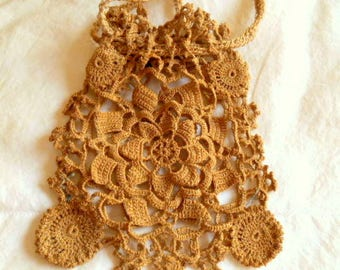 Vintage antique collectable crocheted small drawstring Purse