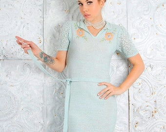 MEMORIAL SALE Vintage 1960s Hour Glass Knit Dress 60's Form fitted Crochet Midi  // Vintage Clothing by TatiTati Style on Etsy
