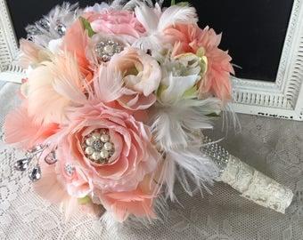 Brooch Wedding bouquet, Feather bouquet, Blush and Peach Wedding flowers, Gatsby Bouquet, Peach Bridal bouquet, Alternative Bouquet, Vintage