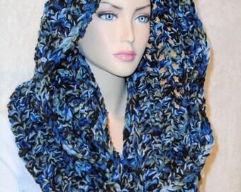 Oversized Crochet Infinity Scarf, Blue Bulky Crochet Scarf, Black Infinity Scarf, Chunky Crochet Infinity Scarf, Chunky Blue Infinity Scarf
