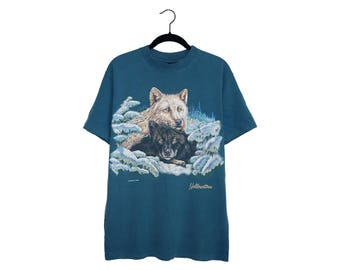 Vintage Double Wolf Yellowstone Habitat Dark Blue Crewneck 100% Cotton T-Shirt, Made in USA - Medium