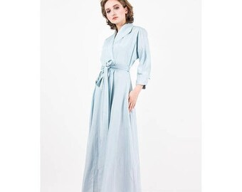 FLASH SALE... Vintage dressing gown / 1940s 1950s baby blue rayon faille full length wrap robe / Dolman sleeve / Hollywood Glamour / S M