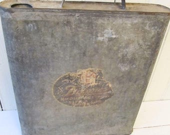 Flat Oil Can - Vintage Gas & Oil - Galvanized Oil Can - Automobile Collectibles
