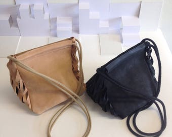 Leather shoulder bag with cutted details Black