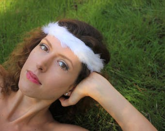 White Feather Halo made with natural, Cruelty-Free Feathers. Alternative bridal accessory. Bohemain & 1920s inspired. Ready to Ship.