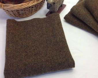 Fat 1/4 yd, Brown and Black Herringbone, Hand Dyed Wool Fabric for Rug Hooking and Applique, W363