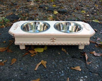 Antique White Cottage Chic Elevated Dog Pet Feeder 2 Two Quart Bowls, Pet Feeding, Dog Bowls, Pet Feeding Stand, Made To Order