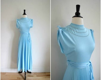 SALE Vintage light blue tie gathered cap sleeve gown / sleeveless accordion pleat skirt dress / prom gown with side bow belt