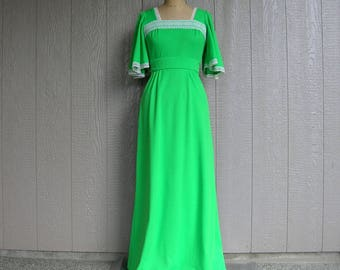 Vintage 70s GO FOR GREEN Maxi Dress