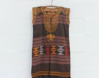 1970's Embroidered Sleeveless Dress