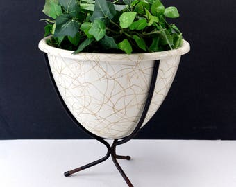 Vintage Tripod Planter with Drizzle Pattern (c.1960s) - Mid Century Atomic Planter