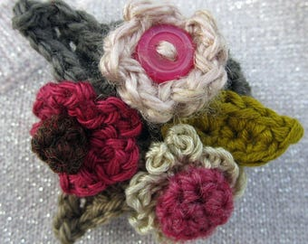 Crochet Pattern for Corsage Brooch