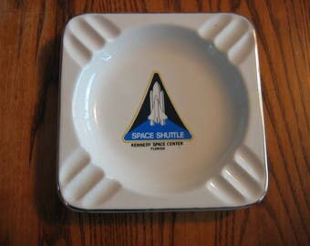 Vintage SPACE SHUTTLE ASHTRAY from the Kennedy Space Center, Florida