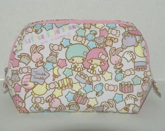 """Wire Frame Zipper Pouch With Pocket / Padded Cosmetic Bag Made with Japanese Cotton Oxford Fabric """"Little Twin  Stars - Pop Stars"""""""