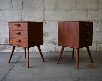 Mid Century Modern styled TEAK NIGHTSTANDS end tables