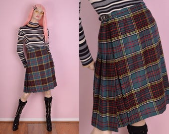 VTG Plaid Pleated Wrap Skirt/ 24-25 Waist