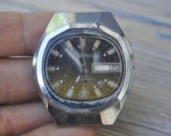 Vintage Soviet Russian wrist watch for parts.Didn't work.