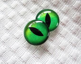 Green glass eyes, Green cat eyes, Green eyes, Glass cat eyes