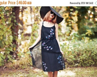 FLASH SALE 70s Abstract Dress Vintage Black Abstract Print Spaghetti Strap Day Dress