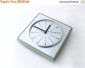SALE 20% off Vintage wall clock - silver / grey color - from Germany 70s