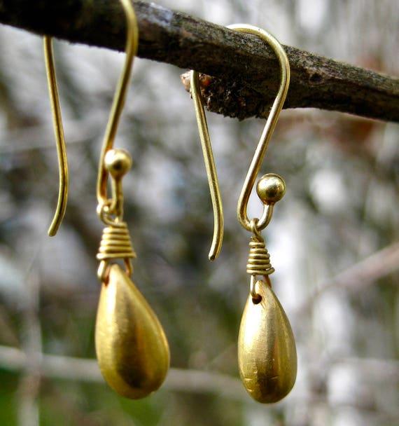 GALENA  18K Solid Gold Teardrop Earrings
