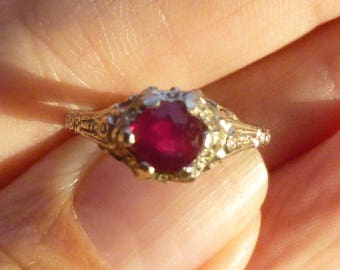 1920s   Art Deco 14kt Ruby  Filgree Band Ring  A Rare find   White gold  Engagment Ring  Beautiful  detail
