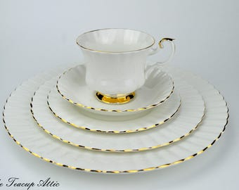 Royal Albert 5 Piece Place Setting Val D'Or, Bone China English Tea Cup Set, Replacement China, ca 1962