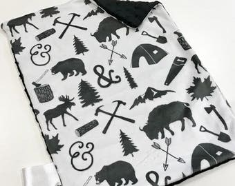 Black and White Woodland Bears Baby Boy MINKY Lovey Blanket, MINI Minky Baby Boy Blanket, Taggie Blanket, Monochrome Woodland Baby Gift