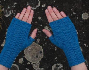 Blue gloves, fingerless gloves, size S - M (women), wristwarmers, cotton, vegan, seacell, knitted