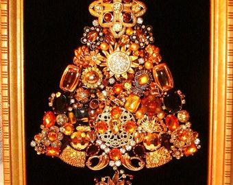 Vintage Jewelry Framed Christmas Tree ~ A GOLDEN GLOW Christmas ~ Black Velvet ~ Christmas Keepsake