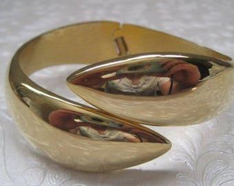 Gold Clamper Bracelet, Cuff Bracelet, Vintage Jewelry