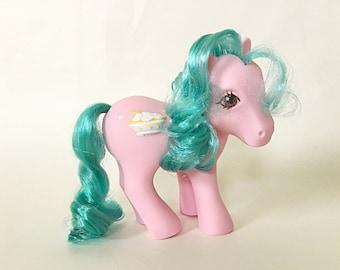 Vintage My Little Pony Banana Surprise, Sundae Best Pony with Ice Cream Symbol, G1 Year 6 Hasbro Toys, Gift for Girls, Retro Toys 1980s
