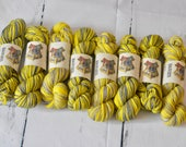 Hand dyed self-striping Harry Potter inspired yarn | Handdyed - Wool - Merino-Nylon | HufflePuff