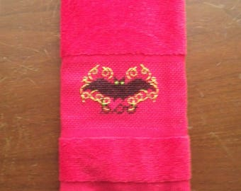 Halloween BAT BOO Hand Towel Red Velour Guest Bath Kitchen Finger-tip Completed Cross Stitch Bathroom Spooky All Hallows Eve Black Green