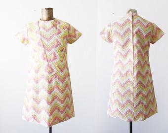 1960s dress - 60s shift dress - mod mini dress - chevron knit dress - pink yellow geometric striped dress - twiggy - lace 60s dress Small