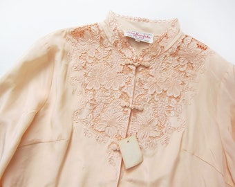 Chinese Silk Blouse - Embroidered Chinese Silk Shirt - Pale Pink Silk Blouse - Chinoiserie - Asian Silk Shirt - Vintage Silk Long Sleeve - M